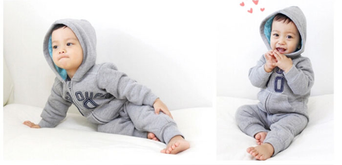 Baby comfortable romper with hat