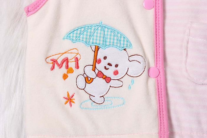 Baby girl padded vest embroidery.